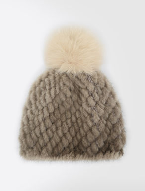 Mink and fox fur hat