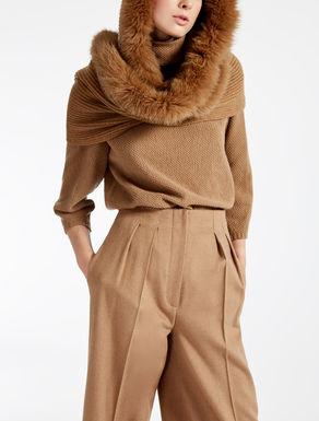 Cappello cagoule in lana e lapin