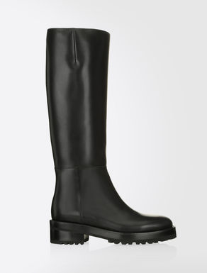 Leather equestrian boots