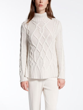 Maglia in pura lana