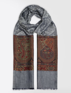Cashmere and wool stole