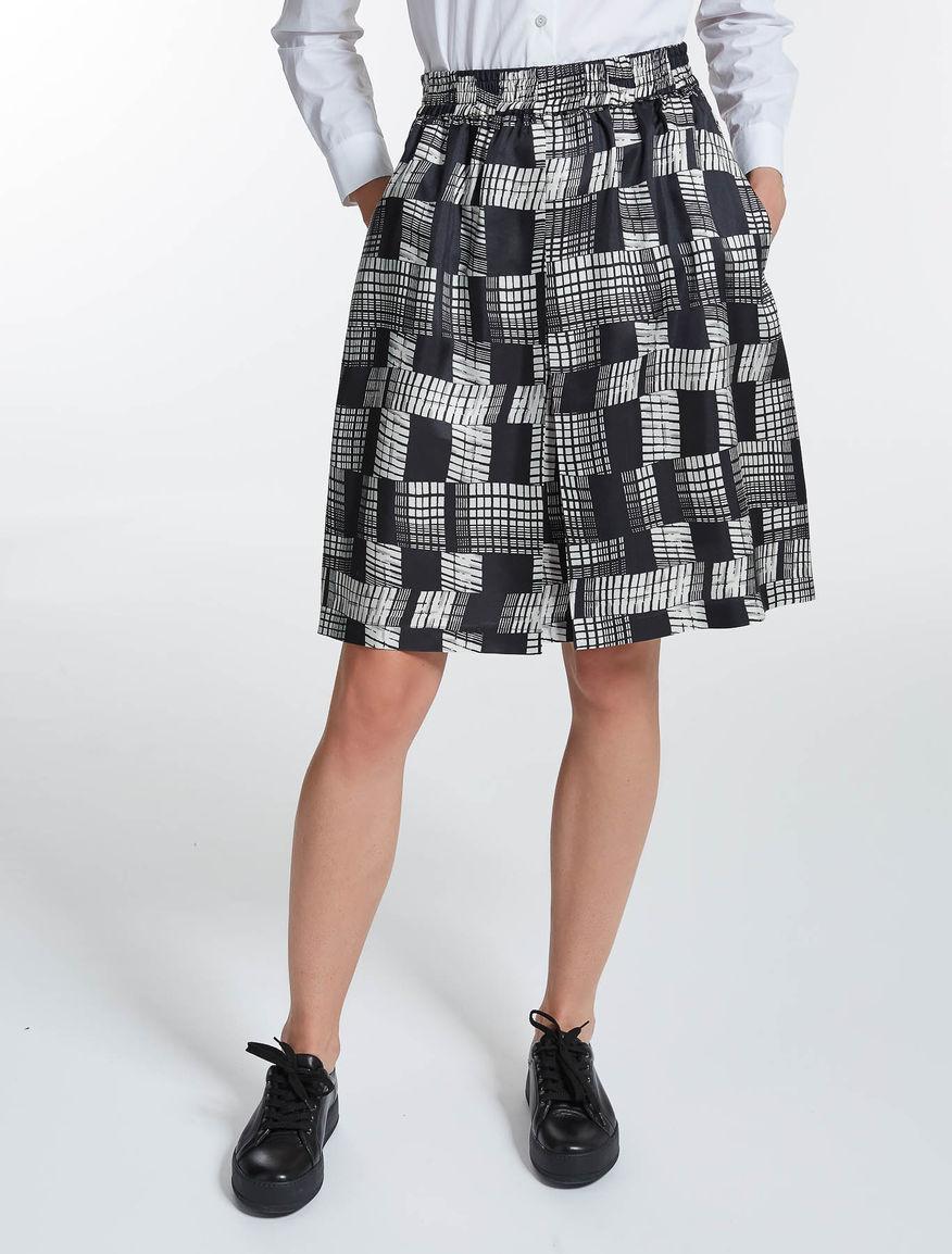 ピュア シルク ツイルプリント スカート