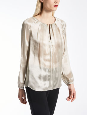 Blouse in satin charmeuse