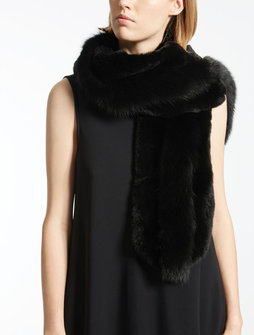 Rabbit and fox fur collar
