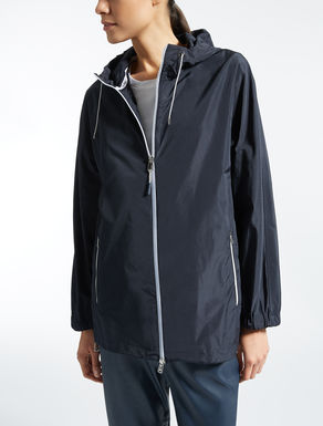 Drop-proof taffeta raincoat