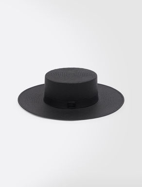 Wide-brimmed hat