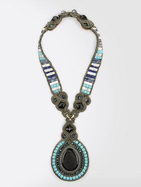 Ethnic necklace with pendants