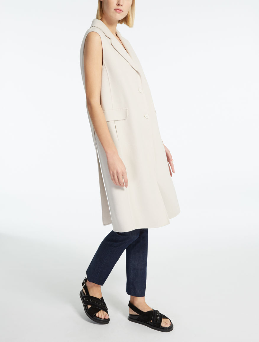 Wool and angora gilet