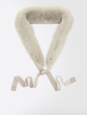 Rabbit fur hood trim