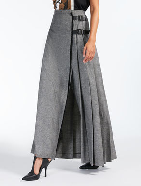 Wool and cashmere flannel skirt