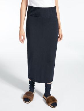 Falda en hilo de lana