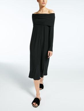 Kleid aus technischem Gewebe
