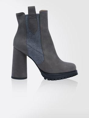 Nubuck leather Beatles boots
