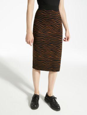 Jacquard wool yarn skirt