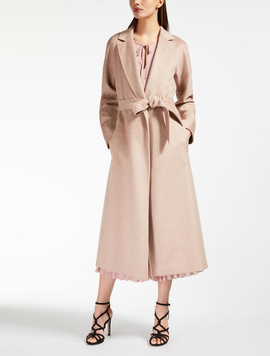 Manteau en chameau et cachemire