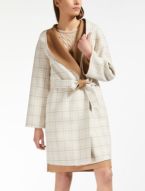Cashmere and wool coat