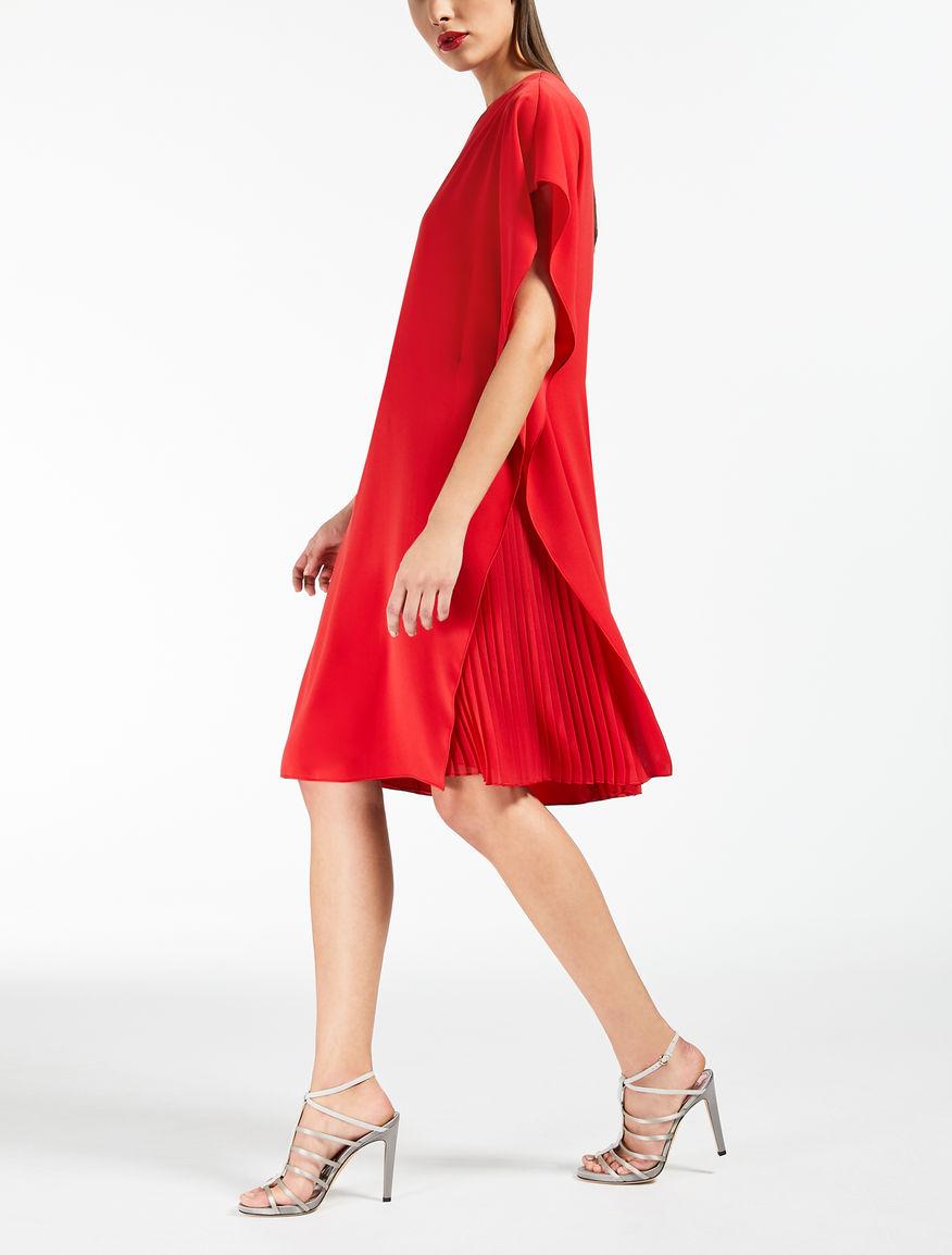 Kleid aus leichtem Cady