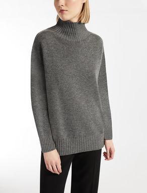 Cashmere polo neck jumper