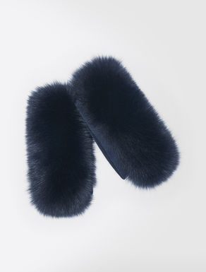 Fox-fur cuffs
