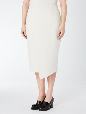 Tube skirt with panel