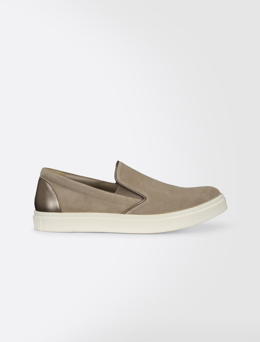 Slip-ons in sueded split leather