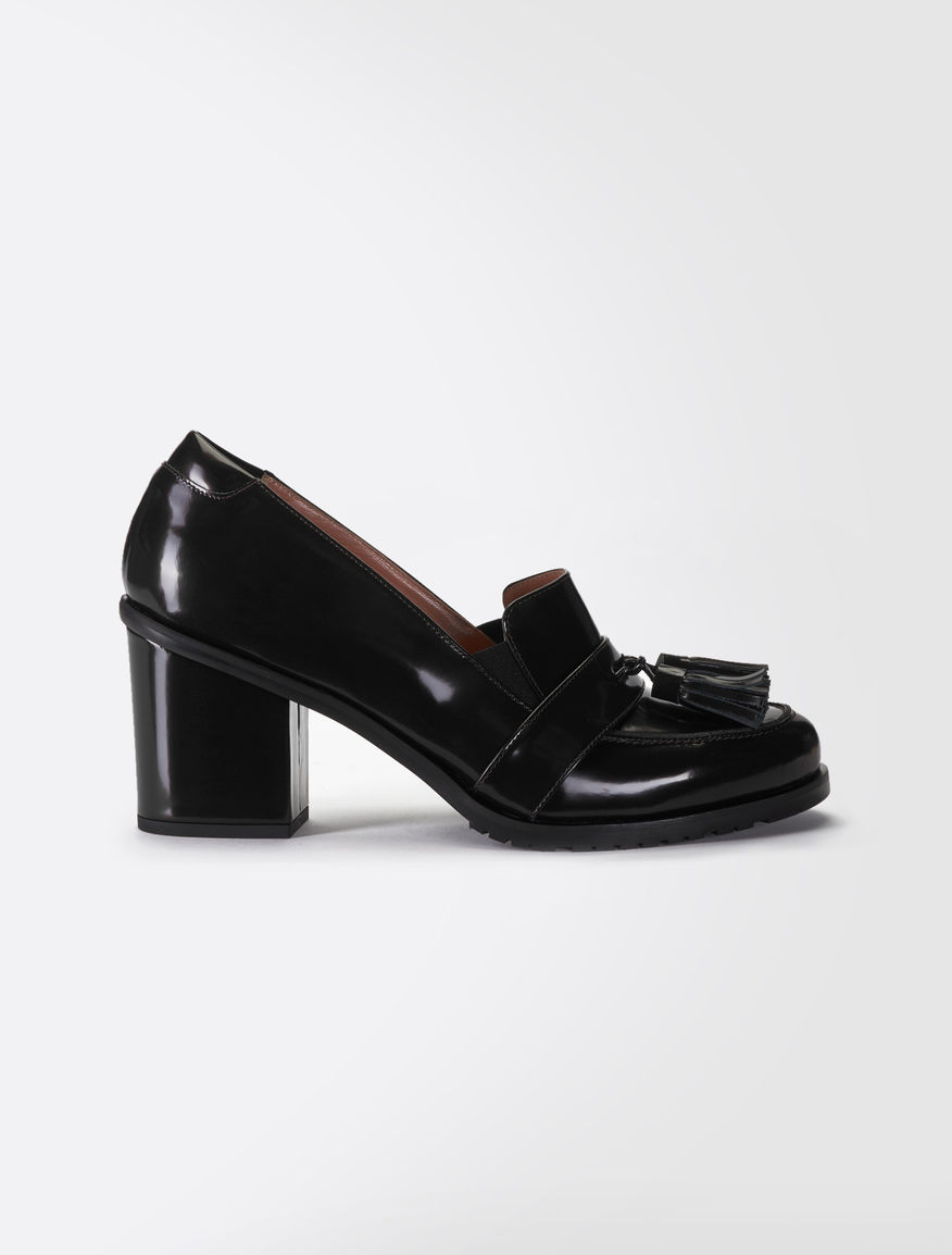 High-heeled leather moccasins