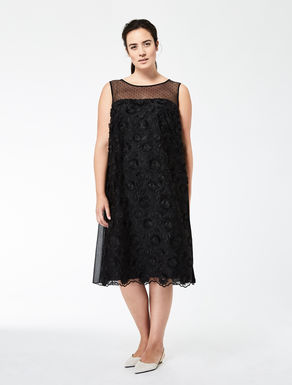Tulle dress with floral embroidery