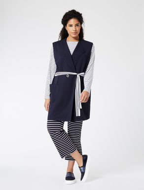 Floaty gilet with belt