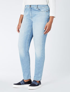 Wonder-fit stretch denim jeans
