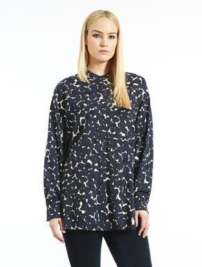 Long shirt in printed viscose