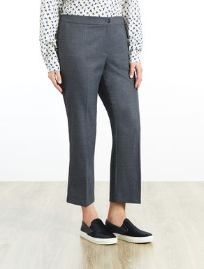 Flared trousers in a viscose blend