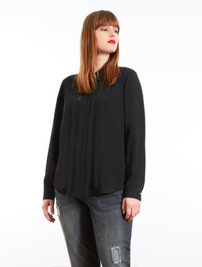Floaty blouse with lace embroidery