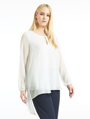 Asymmetric tunic in crepon