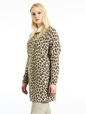 Langer Pullover mit Klecksdruck