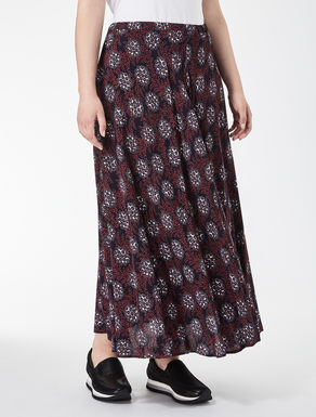 Long crêpe skirt
