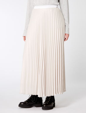 Pleated georgette long skirt