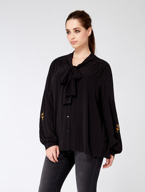 Viscose shirt with embroidery