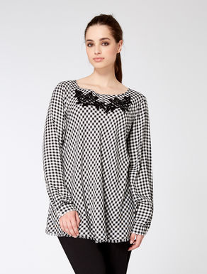 Flowy viscose patterned blouse