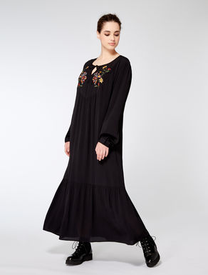 Long viscose dress with embroidery