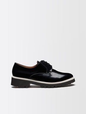 Men's-style leather shoe