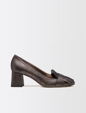 High-heeled laminated leather loafers