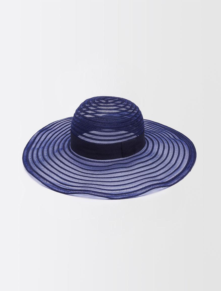 Ribbon-knit hat