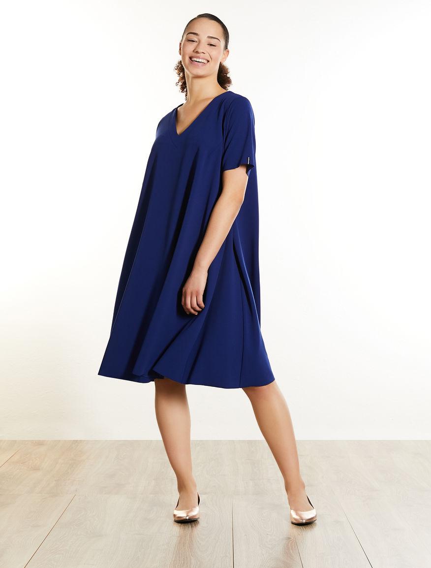 Stretch crêpe dress