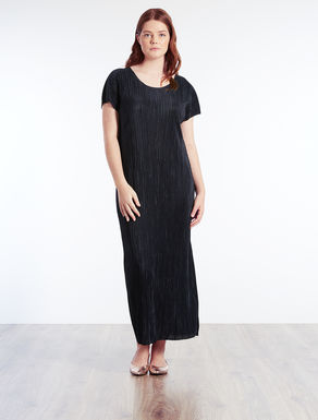 Long pleated fabric dress