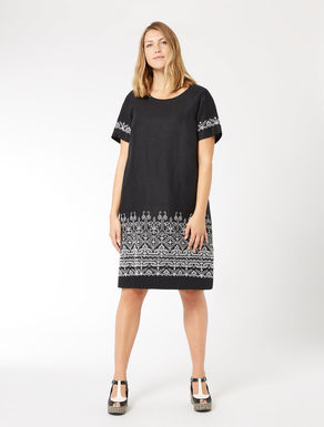 Pure linen dress with embroidery