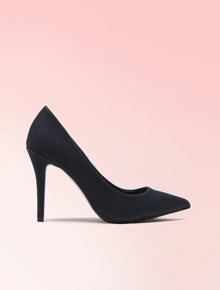 Denim-effect pumps