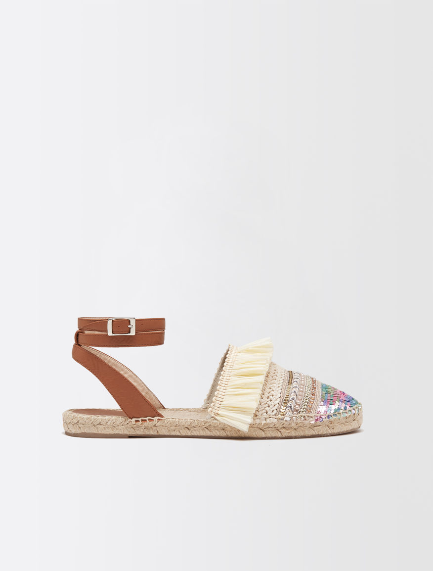 Cotton sandals with embroidery