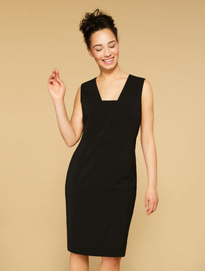 Fluid stretch fabric dress