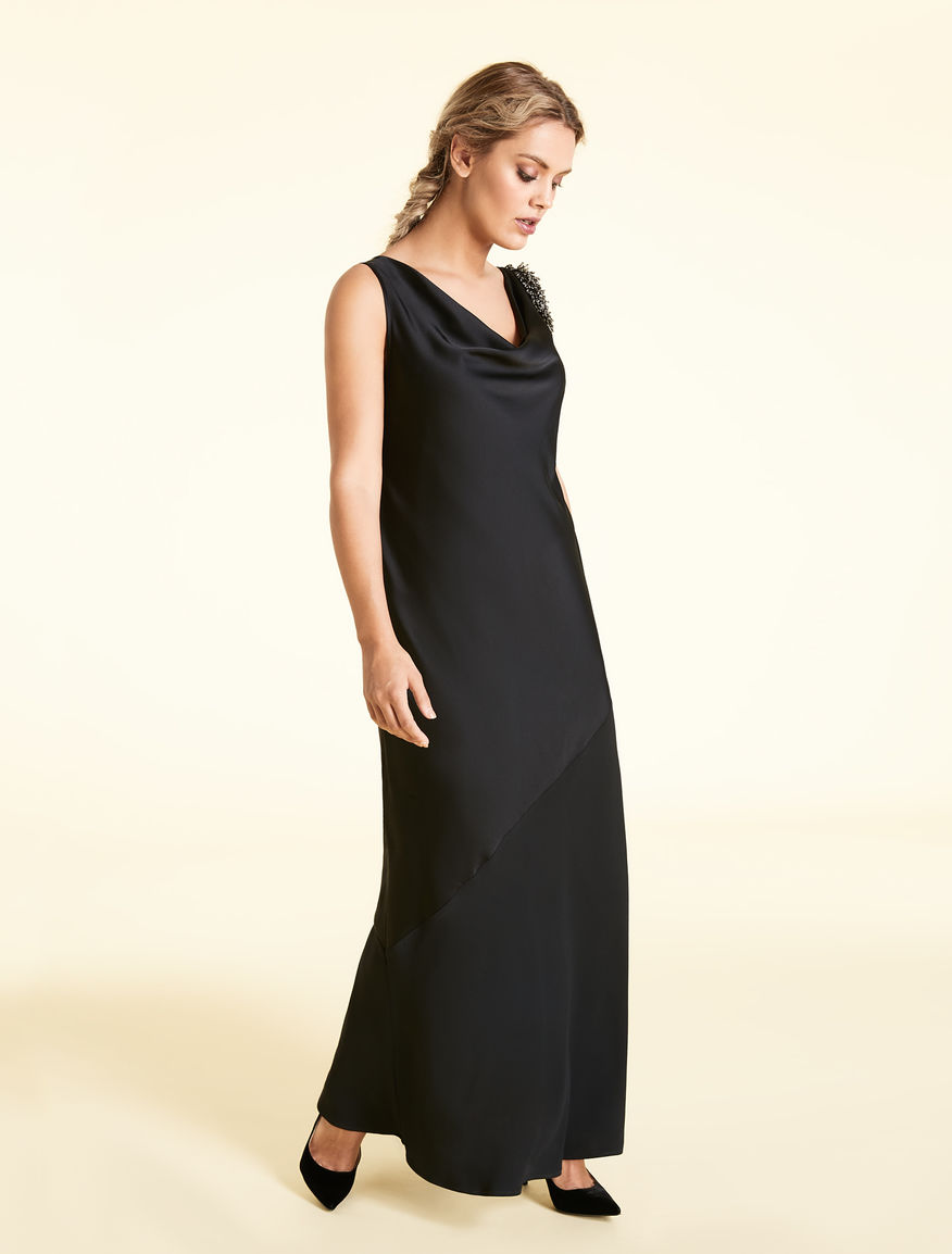 Long frisottino dress