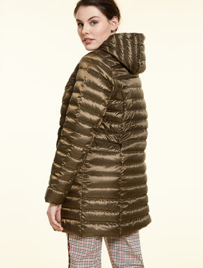 Water-repellent down coat